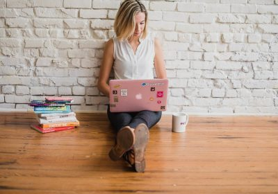 Ultimate List of Women's Money Bloggers